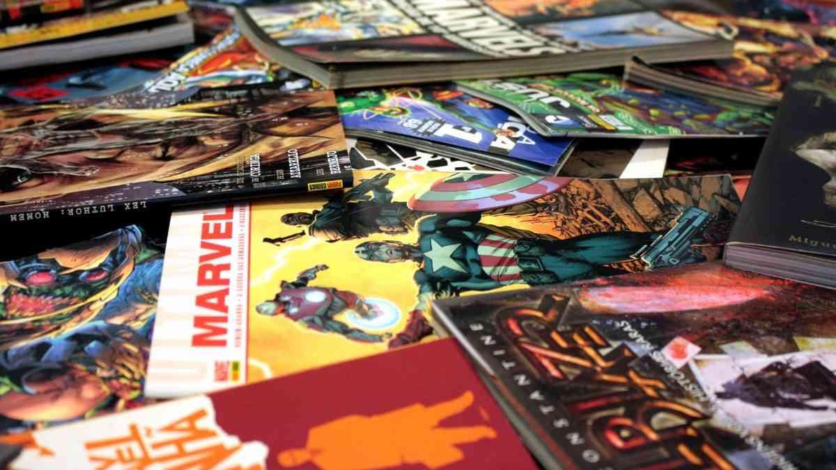 are comic books media mail